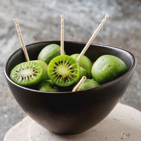 Kiwi (Actinidia Arguta) Issai (Self Fertile)